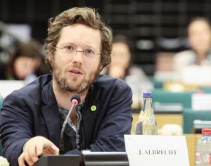 Le député Jan Philipp Albrecht, rapporteur du Parlement Européen sur le projet de règlement «Données personnelles»